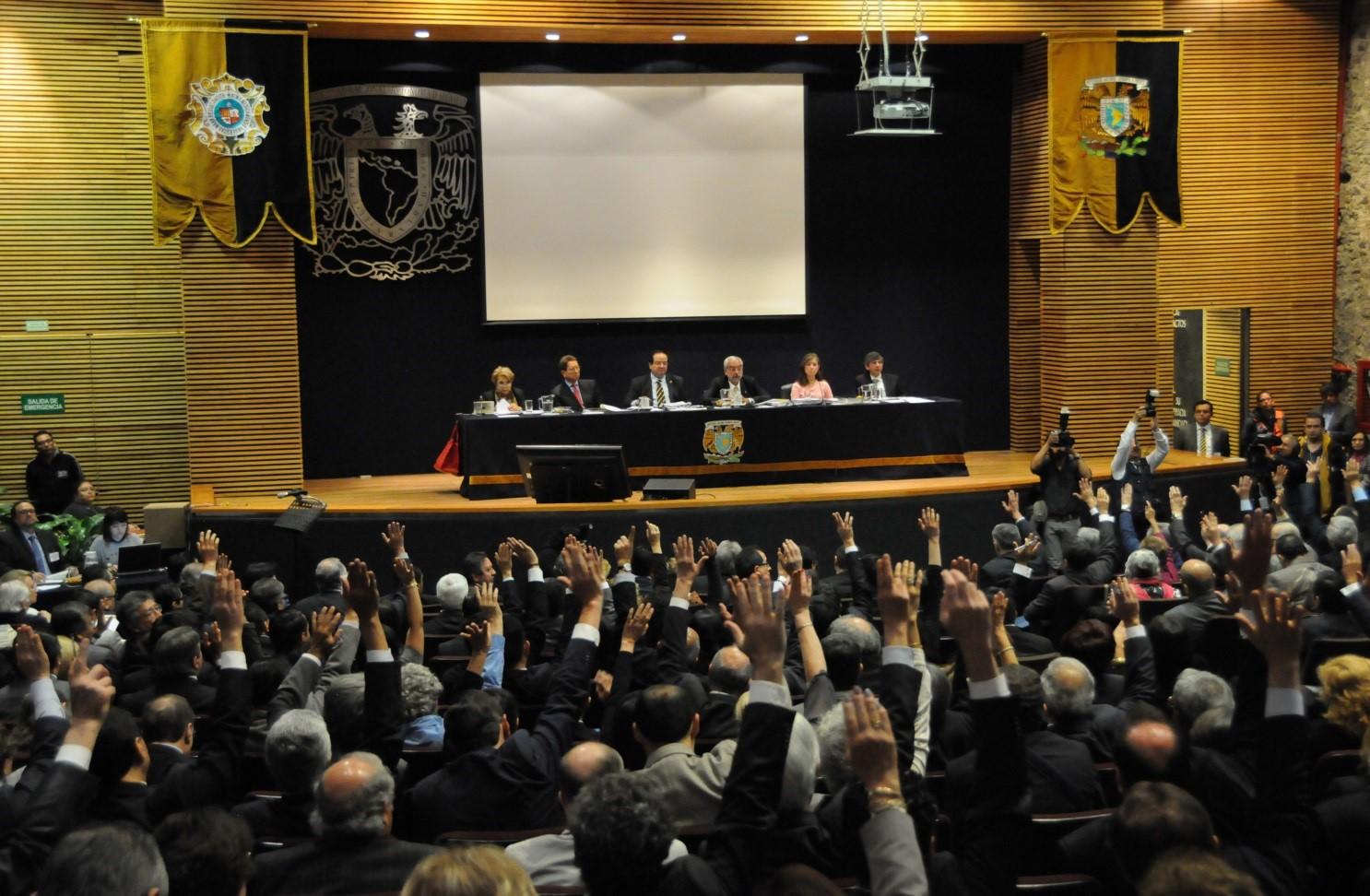 Fotografía del Consejo Universitario